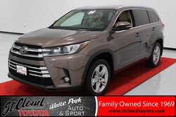 2017_Toyota_Highlander_Limited_ St. Cloud MN