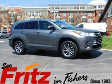 2017_Toyota_Highlander_XLE_ Fishers IN