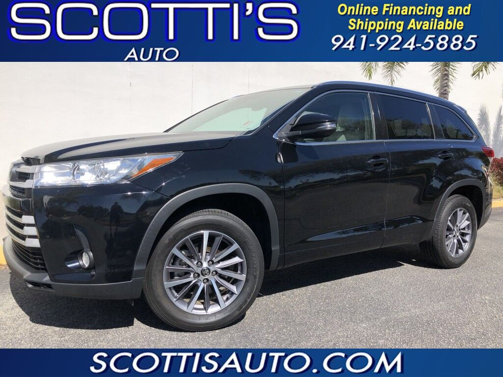 2017 Toyota Highlander XLE~ ONLY 63K MILES~ 1-OWNER~ CLEAN CARFAX~ 3RD ROW SEAT~ LEATHER~ NAVIGATION~ LOADED!~ WE OFFER ONLINE FINANCE AND SHIPPING!