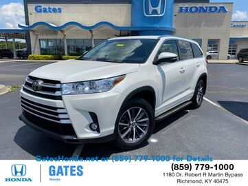 2017_Toyota_Highlander_XLE_ Richmond KY