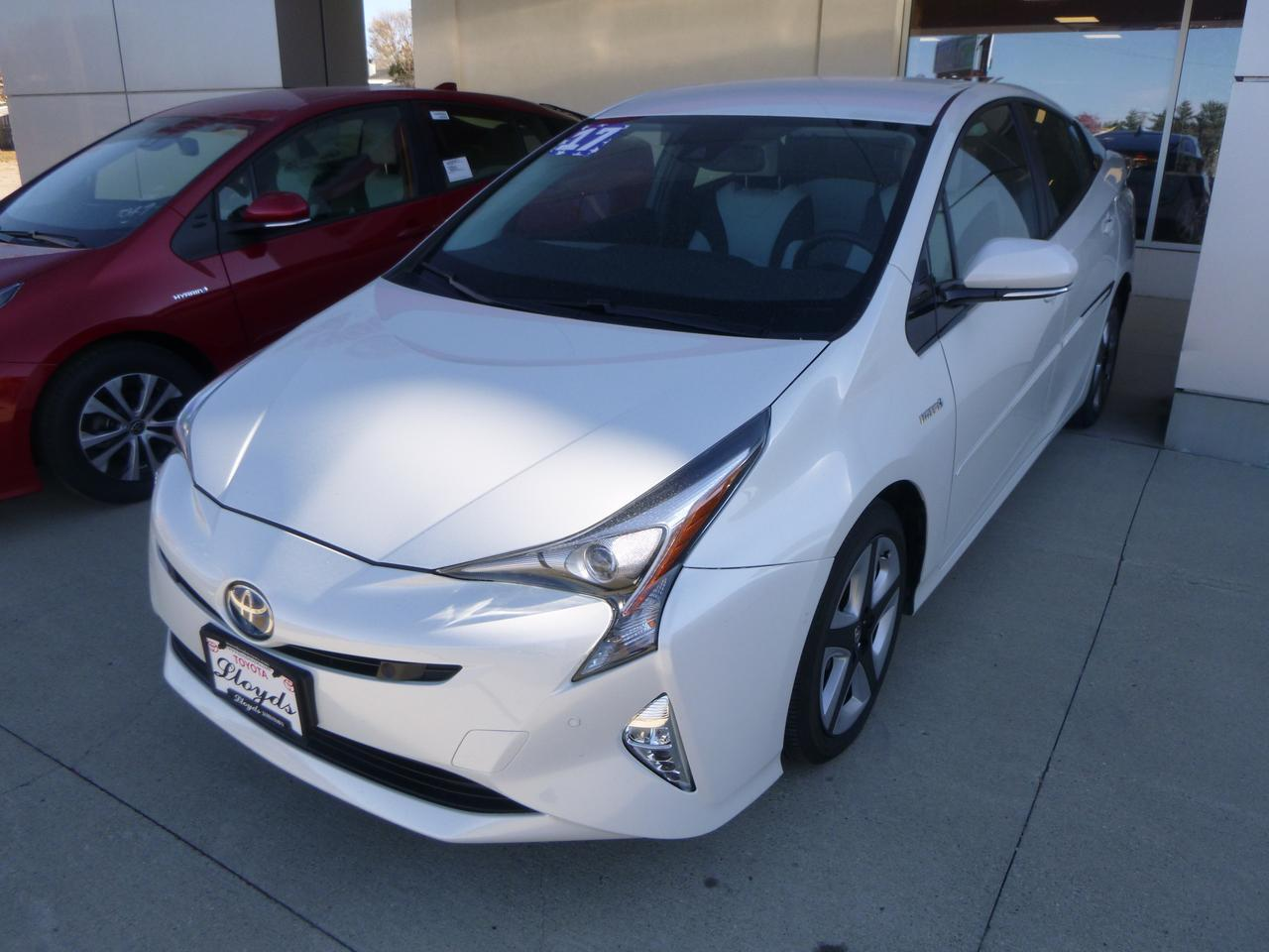 2017 Toyota Prius Four Touring Jamestown ND
