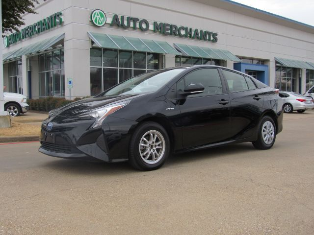 2017 Toyota Prius Two BLUETOOTH CONNECTION, CD PLAYER, CRUISE CONTROL, LANE KEEP ASSIST,KEY-LESS START,BACK-UP CAMERA Plano TX