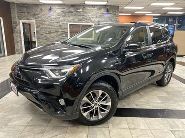 2017_Toyota_RAV4 Hybrid_XLE_ Worcester MA