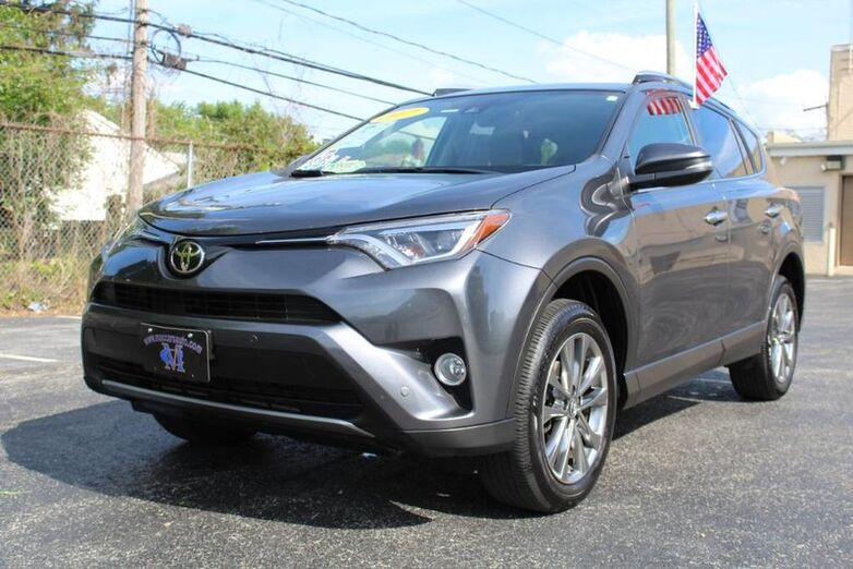 2017 Toyota RAV4 Limited New Castle DE