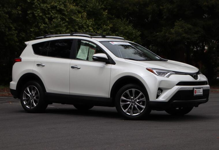 2017 Toyota RAV4 Limited Sport Utility Vacaville CA