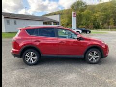 2017 Toyota RAV4 XLE AWD North Adams MA