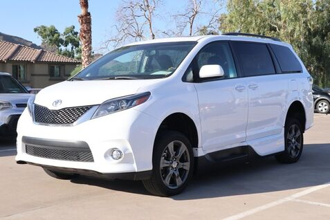 2017_Toyota_SIENNA WHEEL CHAIR ACCESS_SE_ Peoria AZ