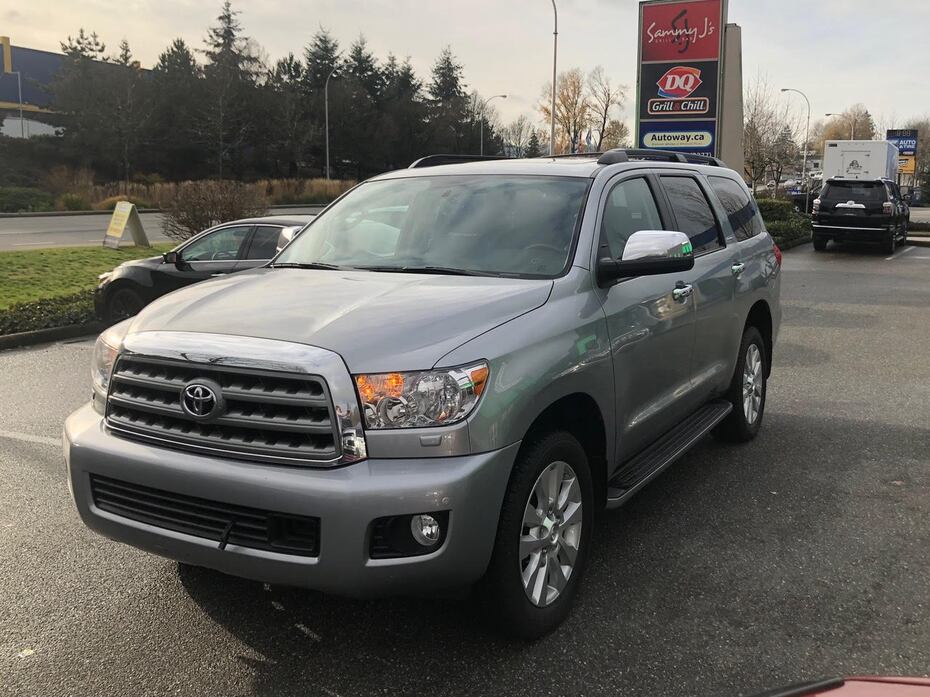 2017 Toyota Sequoia Platinum | Heated and Cooled Seats | Navi | Rear Entertainment Coquitlam BC