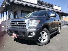 2017_Toyota_Sequoia_SR5 4WD_ Bishop CA