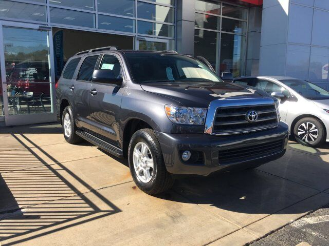 2017 Toyota Sequoia SR5 Cranberry Twp PA