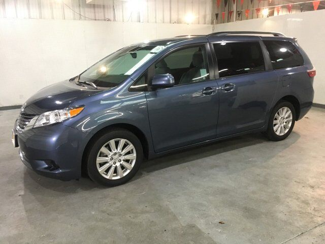 2017 Toyota Sienna AWD LE AWD Oroville CA