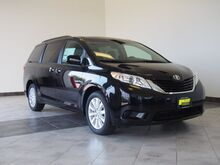 2017 Toyota Sienna LE 7-Passenger Epping NH