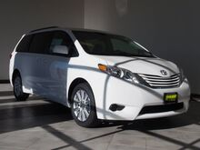 2017_Toyota_Sienna_LE 7-Passenger_ Epping NH