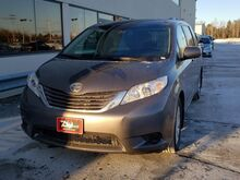 2017_Toyota_Sienna_LE_ Brewer ME