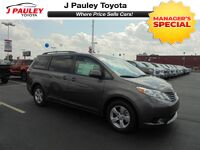 Toyota Sienna LE Model Year Closeout! 2017