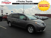 2017_Toyota_Sienna_LE Model Year Closeout!_ Fort Smith AR