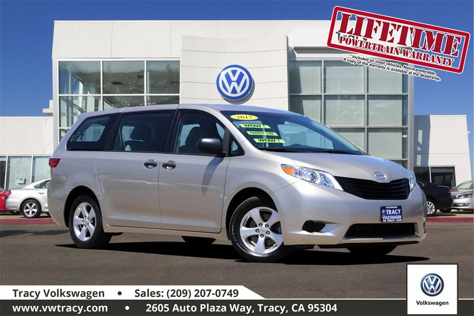 2017 Toyota Sienna LE Tracy CA