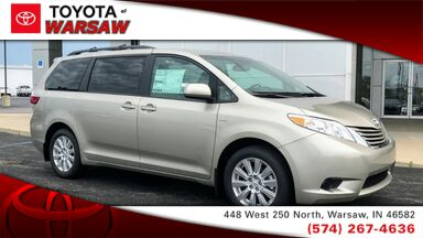 2017_Toyota_Sienna_LE_ Warsaw IN
