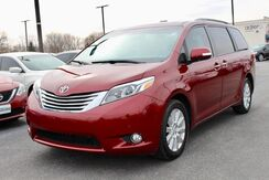 2017_Toyota_Sienna_Limited_ Fort Wayne Auburn and Kendallville IN