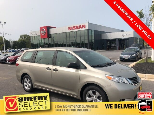 2017 Toyota Sienna SE White Marsh MD