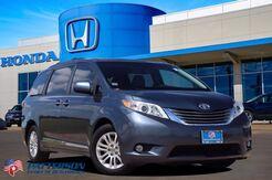 2017_Toyota_Sienna_XLE Auto Access Seat_ Wichita Falls TX