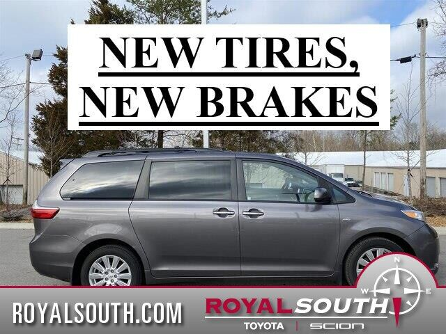 2017 Toyota Sienna XLE Premium All-Wheel Drive Bloomington IN