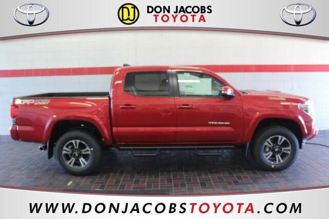2017 Toyota Tacoma 4WD TRD Sport Double Cab Milwaukee WI