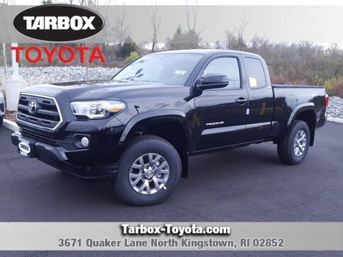 2017_Toyota_Tacoma_4x4 Access Cab SR5 V6 6AT_ North Kingstown RI