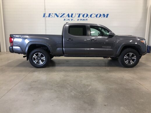 2017_Toyota_Tacoma_4x4 Double Cab TRD Sport_ Fond du Lac WI