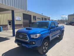 2017_Toyota_Tacoma Access Cab_TRD Sport 4WD_ Cleveland OH
