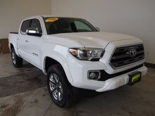 2017_Toyota_Tacoma_Limited_ Epping NH