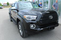 Toyota Tacoma Limited Green Bay WI