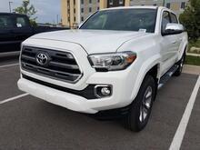 2017_Toyota_Tacoma_Limited_ Lafayette IN