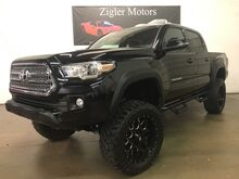 2017_Toyota_Tacoma Only 2kmi_TRD Off Road V6 Double Cab 4WD Lifted! Nav Backup Cam-Like new_ Addison TX