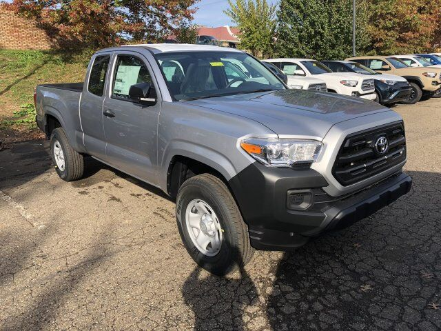 2017 Toyota Tacoma SR Access Cab 6' Bed I4 4x4 AT Cranberry Twp PA