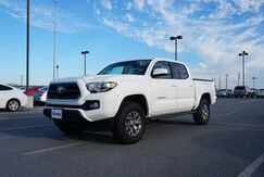 2017_Toyota_Tacoma_SR5_ Brownsville TX