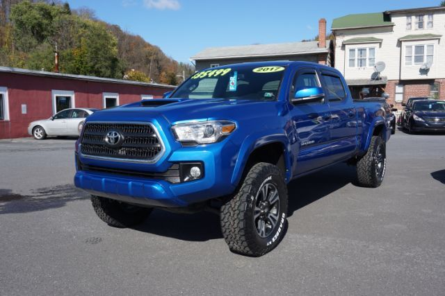 2017 Toyota Tacoma SR5 Double Cab Super Long Bed V6 6AT 4WD Schuylkill Haven PA