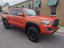 2017_Toyota_Tacoma_SR5 Double Cab V6 6AT 4WD_ Knoxville TN