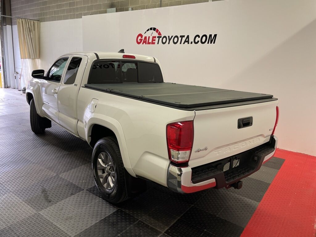2017 Toyota Tacoma SR5 Enfield CT