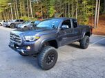 2017 Toyota Tacoma TRD Off Road Access Cab 6' Bed V6 4