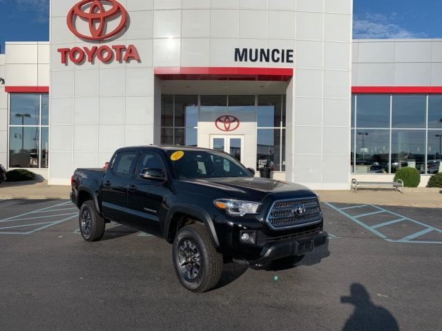 2017 Toyota Tacoma TRD Off Road Double Cab 5' Bed V6 4 Muncie IN