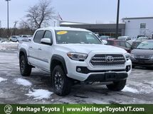 2017 Toyota Tacoma TRD Off Road Double Cab 5' Bed V6 4x4 AT South Burlington VT