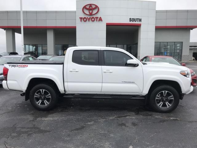 2017 Toyota Tacoma TRD Sport Double Cab 5' Bed V6 4x4 Richmond KY
