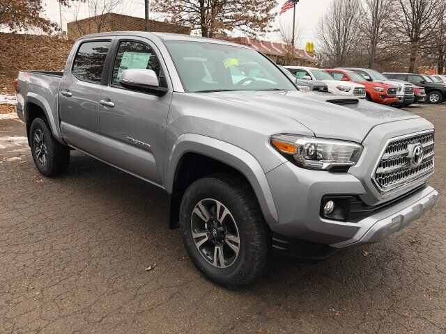 2017 Toyota Tacoma TRD Sport Double Cab 5 foot Bed V6 4x4 AT Cranberry Twp PA