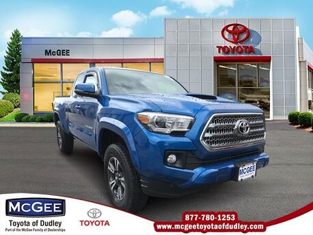 2017_Toyota_Tacoma_TRD Sport_ Dudley MA