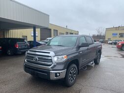 2017_Toyota_Tundra CrewMax_SR5 4WD_ Cleveland OH