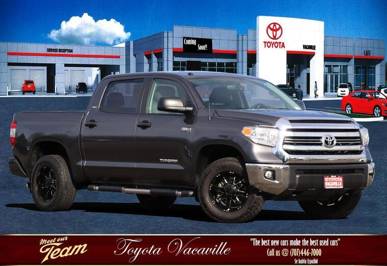 2017 Toyota Tundra Crewmax Sr5 Pickup  5 1/2 Ft Vacaville CA