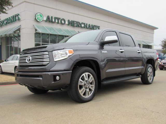 2017 Toyota Tundra Platinum CrewMax 5.7L 4WD 5.7L 8CYL AUTOMATIC, 4WD, LEATHER, NAVIGATION, SUNROOF, BLIND SPOT MONITOR Plano TX