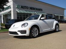 2017_Volkswagen_Beetle_1.8T Classic Convertible LEATHER/CLOTH SEATS, BACKUP CAMERA, BLUETOOTH CONNECTIVITY, HTD SEATS_ Plano TX