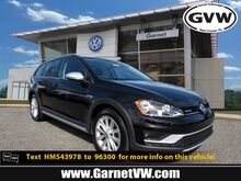 2017_Volkswagen_Golf Alltrack_S_ West Chester PA